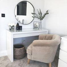 Ikea malm dressing table round mirror scandi nordic hygge dressing room - Source by table ideas Ikea Malm Dressing Table, Dressing Room Decor, Dressing Table Design, Dressing Table Decor, Dressing Table Organisation, Dressing Table In Bedroom, Dressing Table Inspiration, Corner Dressing Table, Dressing Table Modern