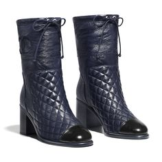 Discover the latest collection of CHANEL Shoes. Explore the full range of Fashion Shoes and find your favorite pieces on the CHANEL website. Chanel Fashion, Fashion Shoes, Fashion Fall, Metallic Boots, Chanel Boots, Dressy Shoes, Short Boots, Pumps, Heels