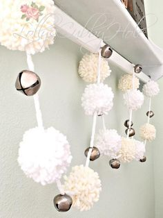 Chunky Pom Pom Garland, White & Ivory Yarn Pom Poms- Christmas Garland, Farmhouse Style Pom Poms - Nursery - Baby Shower - Wedding, 6 Ft - A Chunky White & Ivory Pom Pom Garland 6 Ft. with a little added fun, jingle bells! MADE TO ORDER T - Easy Christmas Decorations, Holiday Crafts, Christmas Ornaments, Christmas Pom Pom Crafts, Crochet Christmas Garland, White Christmas Garland, White Garland, Light Garland, Navidad Simple
