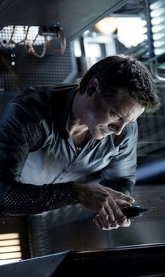 Jeremy Renner in Mission Impossible: Ghost Protocol