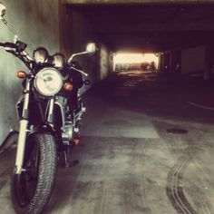 Kawasaki ER 5 500 - classic black motorcycle