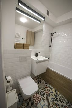 styl , w kategorii Łazienka zaprojektowany przez Och_Ach_Concept Washroom Design, Bathroom Design Small, Cosy Interior, Interior Design, Beautiful Bathrooms, Shower Tub, Apartment Design, Kitchen Styling, Bathroom Inspiration