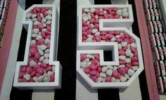 Numeros cuenco con confites #victoriasecret #pink #candybar #party #fiesta #15 #cumpleaños #laplata #deosambientaciones