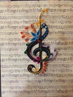 New Music Artwork Diy Treble Clef 32 Ideas Paper Quilling Patterns, Quilled Paper Art, Quilling Paper Craft, Paper Crafts, Diy Artwork, Music Artwork, Quilling Birthday Cards, Gatos Cool, Paper Quilling For Beginners