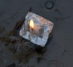 This is the quickest and best way to start a fire in adverse conditions. Take a small square of foil, a cotton ball coated with Vaseline and fold the cotton/vaseline soaked ball into the foil in a small square. When you need to start a fire, cut an X in Auto Camping, Camping Survival, Outdoor Survival, Survival Prepping, Emergency Preparedness, Survival Skills, Camping Hacks, Outdoor Camping, Camping Ideas