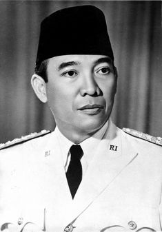 Sukarno was the president of Indonesia. He was leader of the Indonesia… Penguin Books, Tutorial Photoshop, Thailand Honeymoon, Vietnam, Islam, Dutch East Indies, Jakarta, Great Leaders, Princesses