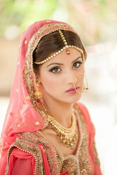 PERFECT bridal makeup style for a day wedding! #indianwedding #bride