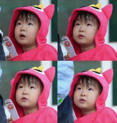DAEHANIE Triplet Babies, Superman Kids, Korean Tv Shows, Song Triplets, Song Daehan, Cute Faces, Logs, My Boys, Chinese