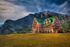 The Prince of Wales loved Alberta so much, he bought a ranch there. The Prince of Wales Hotel is located in Waterton National Park with the best view in the entire area. It's an historic landmark that makes for a great stay while exploring nature.