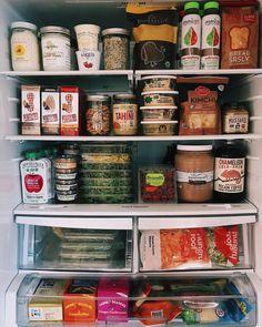 Kitchen Organisation, Fridge Organization, Recipe Organization, Organizing, Healthy Fridge, Healthy Life, Healthy Groceries, Food Is Fuel, Aesthetic Food