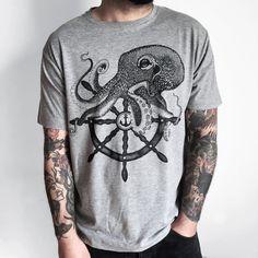 OCTOPUS men's t-shirt, ship wheel - anchor tattoo PRINT.Nautical illustration.Handmade design,screenprinted. melange grey. Tee for man.