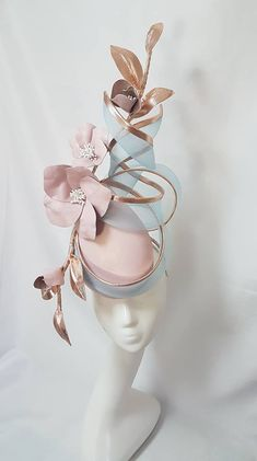 Ideas Hat For Women Headdress For 2019 Millinery Hats, Fascinator Hats, Fascinators, Headpieces, Kentucky Derby Hats, Kentucky Derby Fashion, Kentucky Derby Fascinator, Types Of Hats, Hat Patterns To Sew