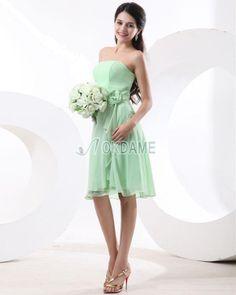 Schlichtes knielanges Brautjungfernkleid/ Abiballkleid mit Rüschen ohne Träger