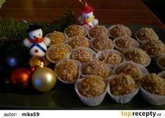 Medové kuličky-Marlenka recept - TopRecepty.cz Czech Recipes, Russian Recipes, Christmas Goodies, Christmas Baking, Pizza Bites, Kids Meals, Ham, Cake Recipes, Muffin