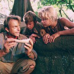 Sam Neill, Ariana Richards and Joseph Mazzello in Jurassic Park - http://www.newmovieshouse.com/1993/Jurassic-Park/