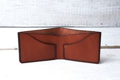 Personalized mens leather wallet. Bifold wallet handmade by viveo
