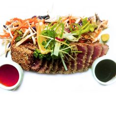 Évadez-vous avec notre tataki de thon rouge #french #food #marseillan #tuna #yummy #tunatataki #tataki #lalunamarseillan