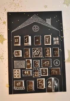 DIY paper advent calendar -- this one is lovely! Advent Calenders, Diy Advent Calendar, Countdown Calendar, Idee Cadeau Grand Parent, Cadeau Grand Parents, Dollar Store Christmas, Christmas Holidays, Christmas Crafts, Xmas