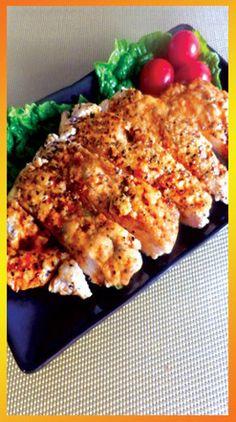 リーズナブルで家計の味方の鶏むね肉で作る「鶏むね肉のにんにくパター醤油ステーキ」。家族も大絶賛!