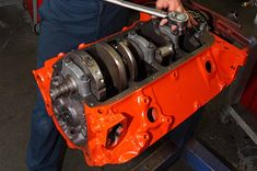 Building an engine correctly requires experience and knowhow. Here are 20 tips to help your next Chevrolet engine build be a success. Engine Repair, Engine Rebuild, Truck Repair, Engine Block, Car Engine, Chevy Motors, Automatic Transmission Fluid, Crate Motors, C10 Chevy Truck