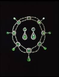 Jewellery in the Victoria and Albert Collection - Google Search