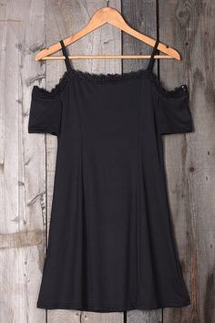 """ght 155 lbs, bust 36C SIZE(IN) US BUST SLEEVE LENGTH S 4/6 29.1 5.5 31.5 M 8/10 30.7 5.9 31.9 L 12/14 32.3 6.3 32.3 XL 16/18 33.9 6.7 32.7 size chart:please allow 0.4""""-0.8"""" differs due to manual measurement"""