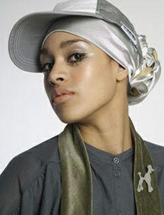 hijab and hat Islamic Fashion, Muslim Fashion, Hijab Fashion, Women's Fashion, Hashtag Hijab, Street Hijab, Bad Hair Day, Muslim Women, Headscarves