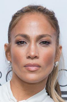 jenniferlopez-ukraine.blogspot.com Jennifer Lopez - Project Destined Yankees Shark Tank Presentations 03/04/2018 #jlo #makeup #face #celeb #jenniferlopez