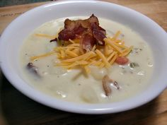 potato-soup-with-cheese-and-bacon