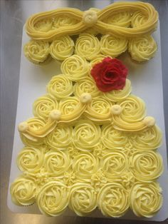 Beauty and the beast Belle dress Cupcakes
