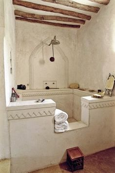 The rustic ceiling beams, huge tub/shower....in my dreams