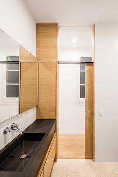 RENOVATION ALAN'S apartment in BARCELONA di EO arquitectura | Locali abitativi