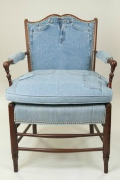Great Ideas for Upcycling Those Old Jeans - January 12, 2013 (By Manuela)
