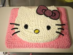 Hello Kitty cake tutorial. Yes, I would love to have this for my birthday or just any ole day!