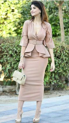 Forever in Style - Beauty and Fashion through the centuries Stylish Work Outfits, Stylish Dresses, Classy Outfits, Elegant Dresses, Stylish Outfits, Beautiful Dresses, Casual Dresses, Latest African Fashion Dresses, Women's Fashion Dresses