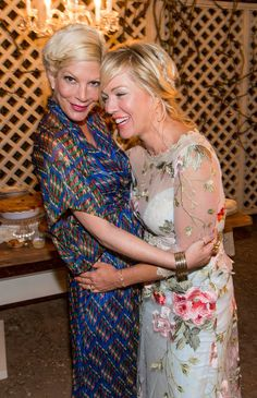 Check out even more photos from Jennie Garth's wedding!!!!