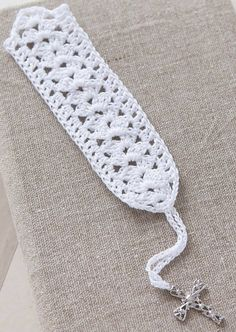 Brighten a reader's day with a beautiful gift bookmark! All 17 designs in Beautiful Bookmarks from Leisure Arts are made using steel crochet hooks and Lace Weight size 10 crochet thread. Feel free to