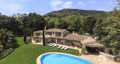 Beautiful Robert Dallas Stone Villa with Pool, Tennis and Panoramic Sea Views |