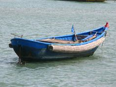 Motorized Woven Bamboo Basket Boat in Phan Thiet