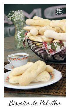 Aprenda a fazer receita deliciosa de biscoito de polvinho caseiro. Receitas caseiras para fazer em casa. Receitas para lanche da tarde. Biscoito de Polvilho.