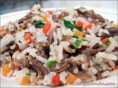 Receita de arroz carreteiro. Aproveitando a carne assada que sobrou.