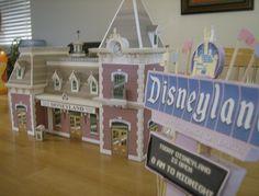 Paper Doll Craft, Paper Toys, Diy Paper, Paper Crafts, Disney Home Decor, Disney Diy, Disney Crafts, Disney Stuff, Disneyland Sign