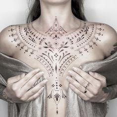 "5,844 Me gusta, 47 comentarios - ❈  Blum  ❈ (@blum.ttt) en Instagram: ""Chest ornament"" Sweet Tattoos, Mini Tattoos, Cute Tattoos, Black Tattoos, Tatoos, S Tattoo, Chest Tattoo, Unalome, Symbolic Tattoos"