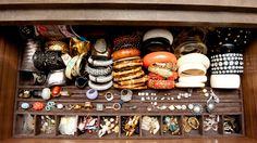 Jewelry/Accessories-organizer for drawer- Getting ready to go out would definitely be fun and easy with these great selection of statement pieces.
