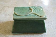 Roycroft Arts and Crafts Pottery Signed Janice McDuffie Ginko Leaf Trinket Box