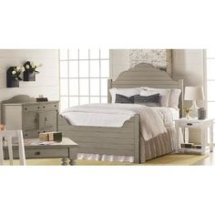 Magnolia Home Furniture Traditional Gray U0026 White 6 Piece Queen Bedroom Set