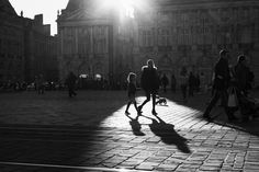 Jean-Philippe Jouve | Black and White | Street Photography | Bordeaux | Mother & Daughter