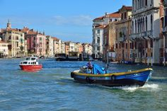 Venice : Grand Canal / View from San Marcuola Casino - Italy Grand Canal, Venice Italy, Places Ive Been, Sailing, Waves, Ocean, Island, Boats, Inspire