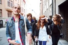 Amos Diggory, Sirius Black, Peter Pettigrew, Lily Evans, and Dorcas Meadowes, walking to Lily's house the morning after a party Takenby James Potter and Marlene McKinnon, walking up front with a bunch of other friends, Summer 1977
