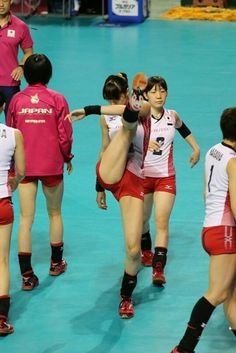 Beach Volleyball Girls, Japan Volleyball Team, Female Volleyball Players, Volleyball Shorts, Women Volleyball, Cheer Athletics, Cheerleading, Beautiful Athletes, Artistic Gymnastics
